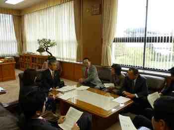 2011.11.22 民主県民クラブで知事要望