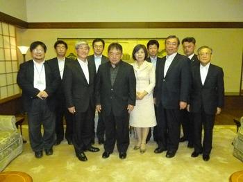 2013.1019 木寺駐中国大使を表敬訪問